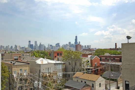 Real Estate Photography - 1725 W Division St, Unit 301, Chicago, IL, 60622 - City View