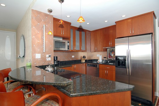 Real Estate Photography - 21 W Goethe, Unit 18G, Chicago, IL, 60610 - Kitchen