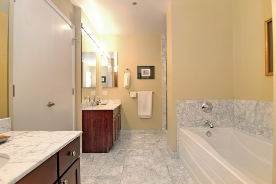 Real Estate Photography - 720 N Larrabee, Unit 602, Chicago, IL, 60611 - Master Bathroom
