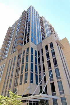 Real Estate Photography - 720 N Larrabee, Unit 602, Chicago, IL, 60611 - Front View