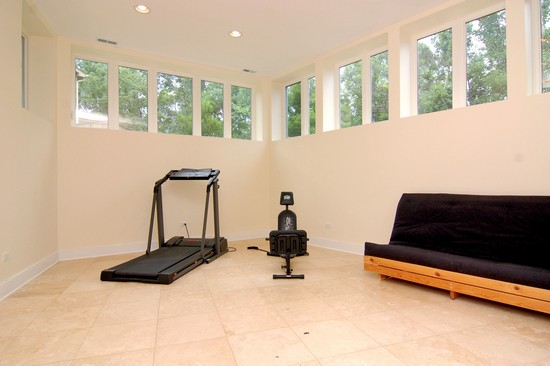 Real Estate Photography - 220 Astor Pl, Northbrook, IL, 60062 - Exercise Room