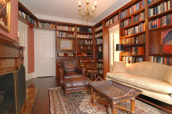Real Estate Photography - 1210 N Astor, Unit 2A, Chicago, IL, 60610 - Library