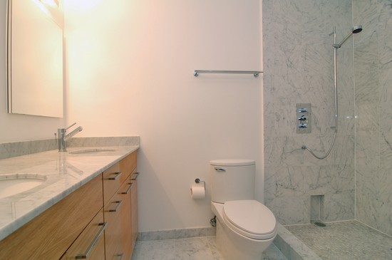 Real Estate Photography - 21 W Chestnut, Unit 507, Chicago, IL, 60610 - Bathroom