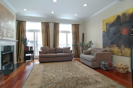 Real Estate Photography - 932 W Hubbard St, Chicago, IL, 60642 - Living Room