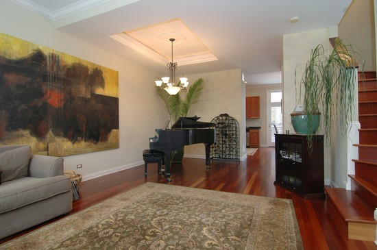 Real Estate Photography - 932 W Hubbard St, Chicago, IL, 60642 - Living Rm/Family Rm