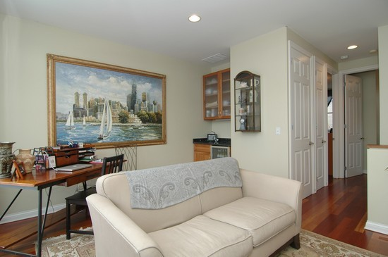 Real Estate Photography - 932 W Hubbard St, Chicago, IL, 60642 - Family Room