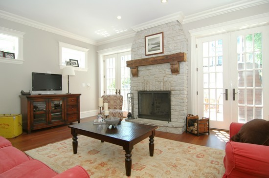 Real Estate Photography - 1833 W Melrose, Chicago, IL, 60657 - Living Room