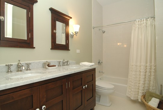 Real Estate Photography - 1833 W Melrose, Chicago, IL, 60657 - Bathroom