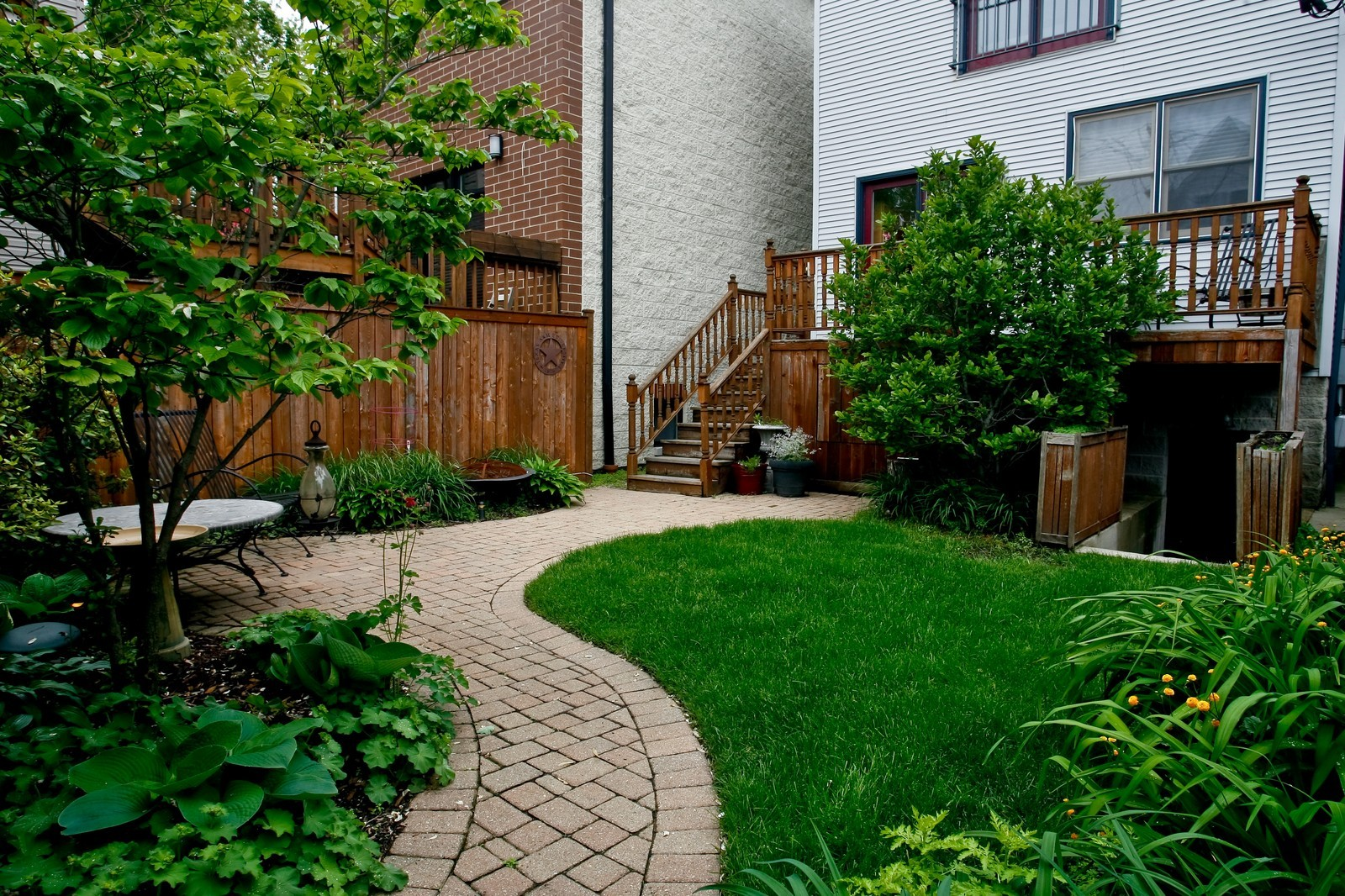 Real Estate Photography - 1843 W School St, Chicago, IL, 60657 - Back Yard
