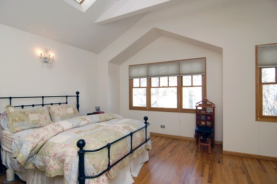 Real Estate Photography - 1843 W School St, Chicago, IL, 60657 - Bedroom