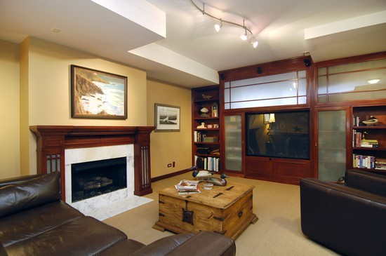 Real Estate Photography - 1843 W School St, Chicago, IL, 60657 - Family Room