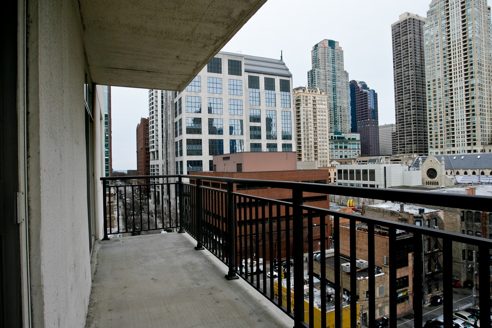 Real Estate Photography - 21 W Chestnut, Unit 806, Chicago, IL, 60611 - Balcony