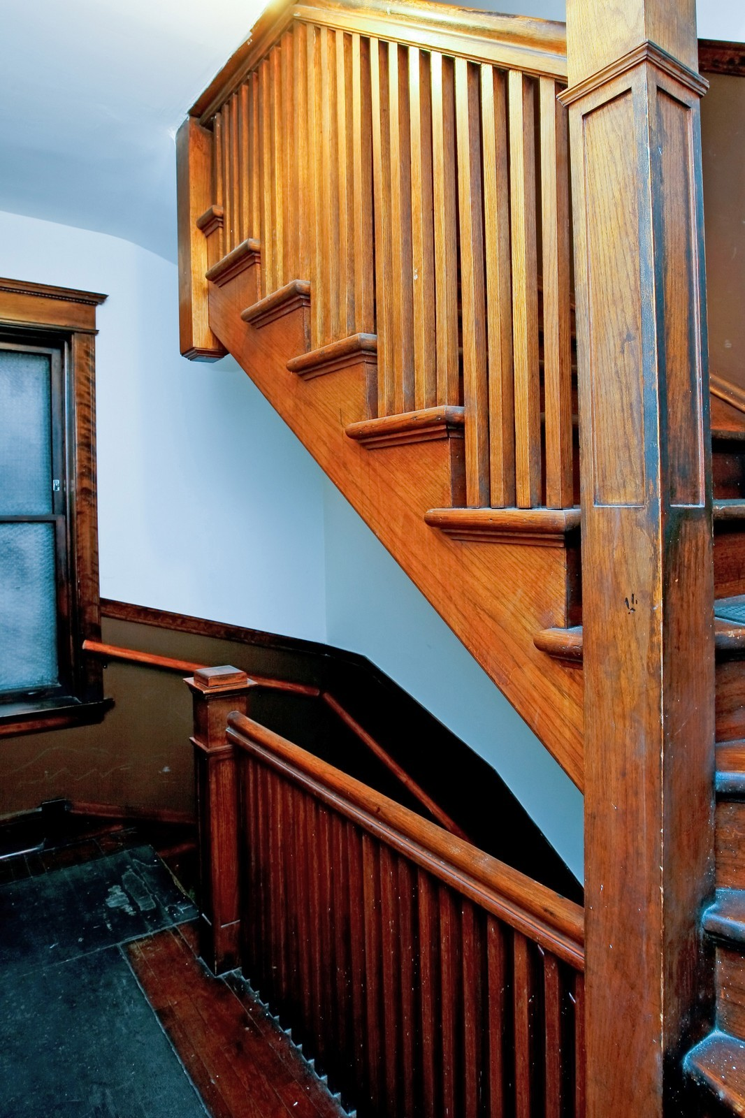 Real Estate Photography - 841 W George, Chicago, IL, 60657 - Staircase