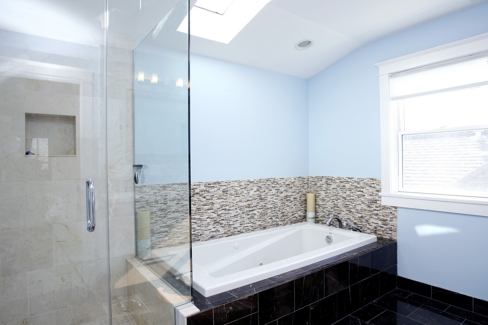 Real Estate Photography - 1457 W Pensacola, Chicago, IL, 60613 - Master Bathroom