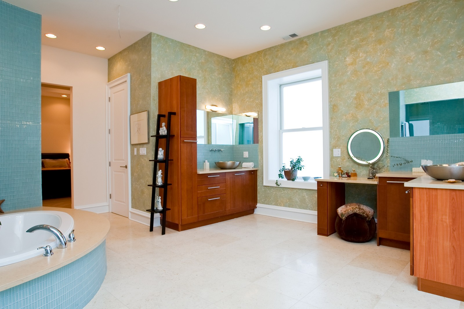 Real Estate Photography - 319 W Erie, Ph, Chicago, IL, 60654 - Master Bathroom