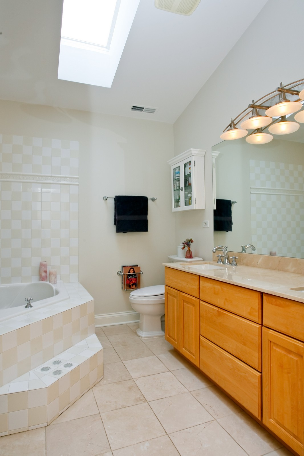 Real Estate Photography - 3701 N Richmond, Chicago, IL, 60618 - Master Bathroom