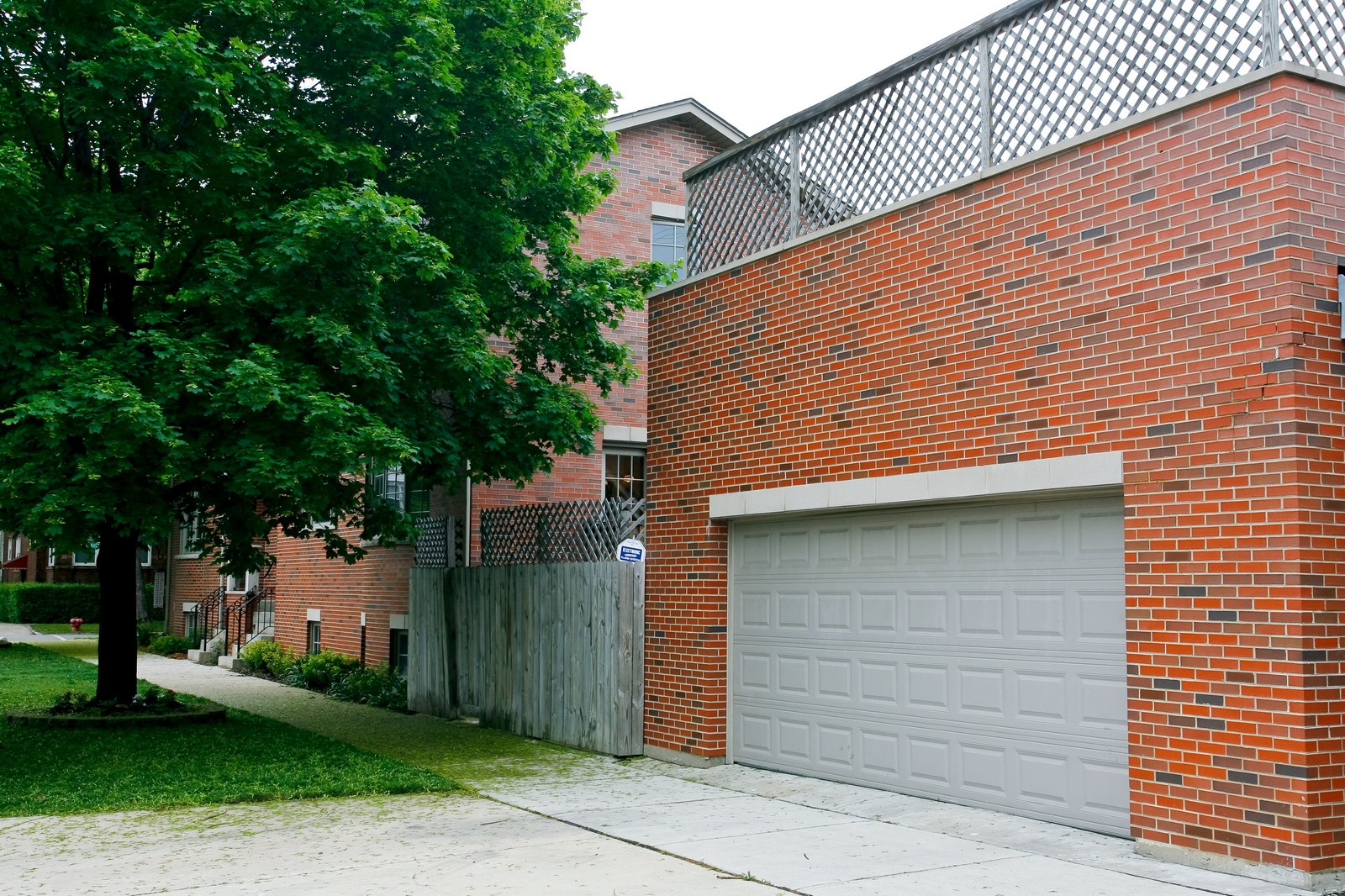 Real Estate Photography - 3701 N Richmond, Chicago, IL, 60618 - Garage