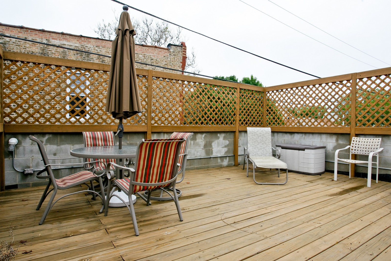 Real Estate Photography - 3701 N Richmond, Chicago, IL, 60618 - Deck