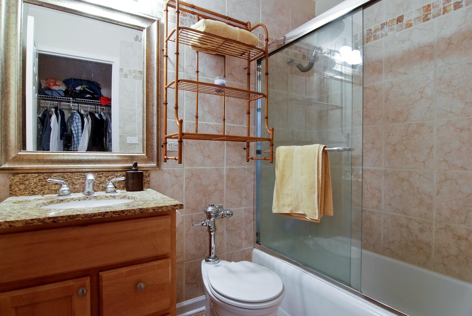Real Estate Photography - 21 W Goethe, Unit 10K, Chicago, IL, 60610 - Bathroom