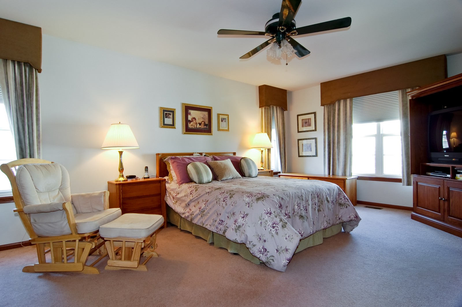 Real Estate Photography - 115 Buckskin Lane, Streamwood, IL, 60107 - Master Bedroom