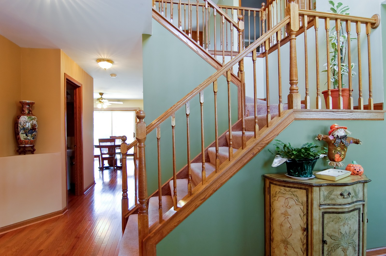 Real Estate Photography - 115 Buckskin Lane, Streamwood, IL, 60107 - Foyer