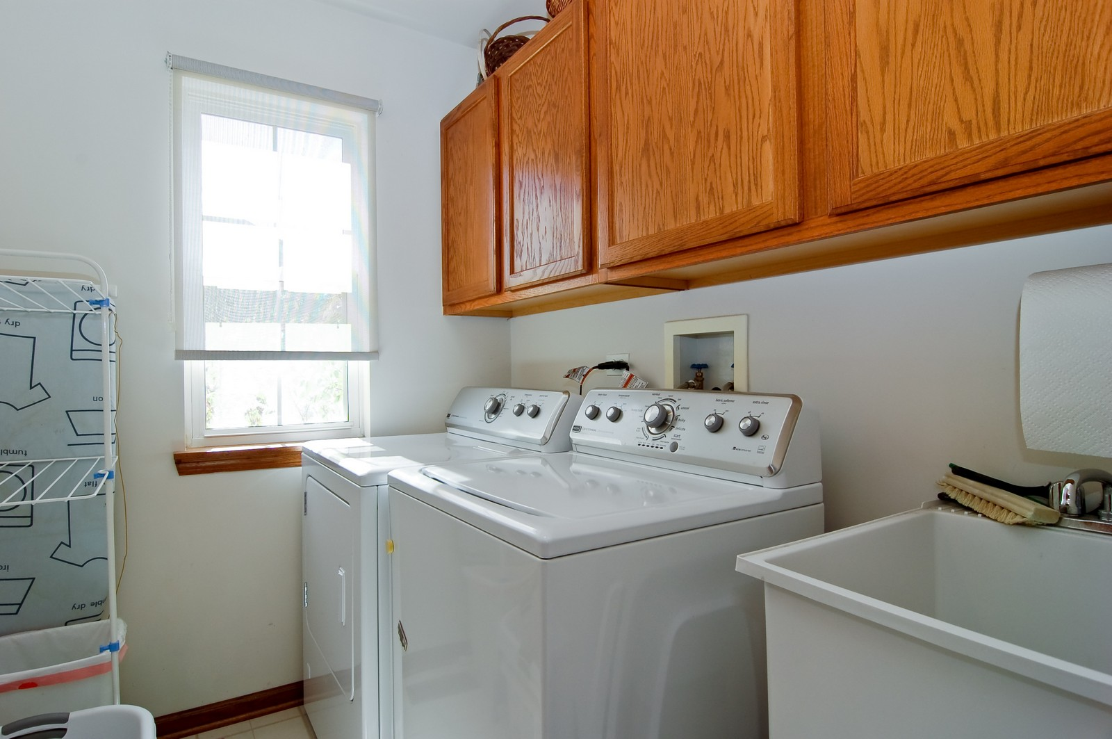 Real Estate Photography - 115 Buckskin Lane, Streamwood, IL, 60107 - Laundry Room