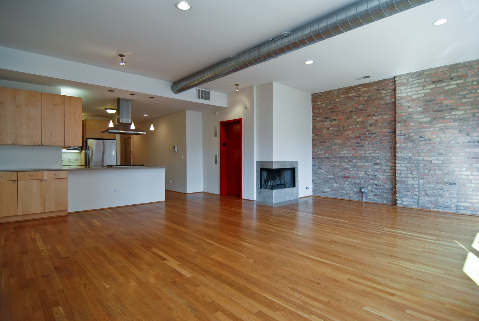 Real Estate Photography - 1526 S. Wabash, 300, Chicago, IL, 60605 - Kitchen / Living Room