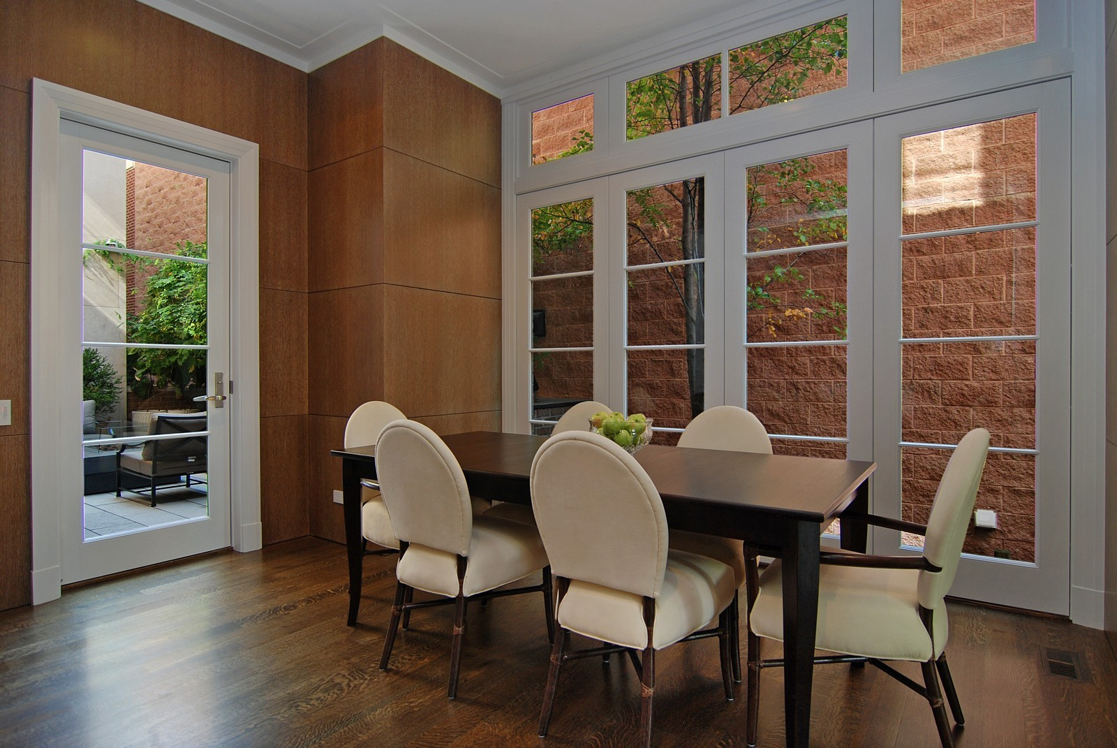 Real Estate Photography - 1866 N Howe, Chicago, IL, 60614 - Breakfast Room
