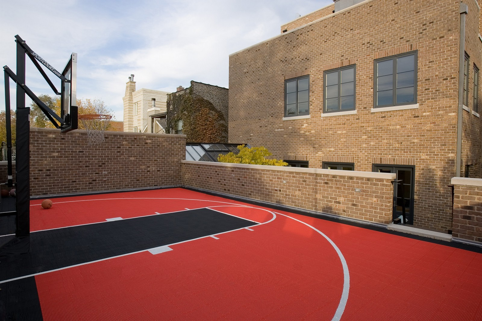 Real Estate Photography - 1866 N Howe, Chicago, IL, 60614 - Outdoor Basketball Court