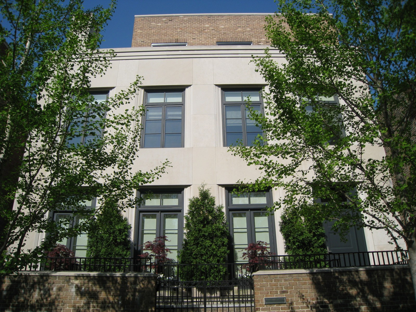 Real Estate Photography - 1866 N Howe, Chicago, IL, 60614 - Exterior of 1866 North Howe Street