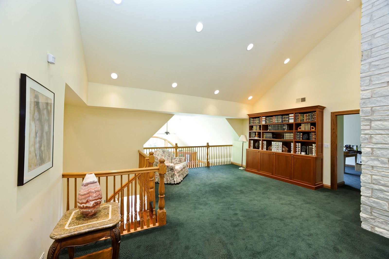 Real Estate Photography - 505 Juneberry, Riverwoods, IL, 60015 - Loft