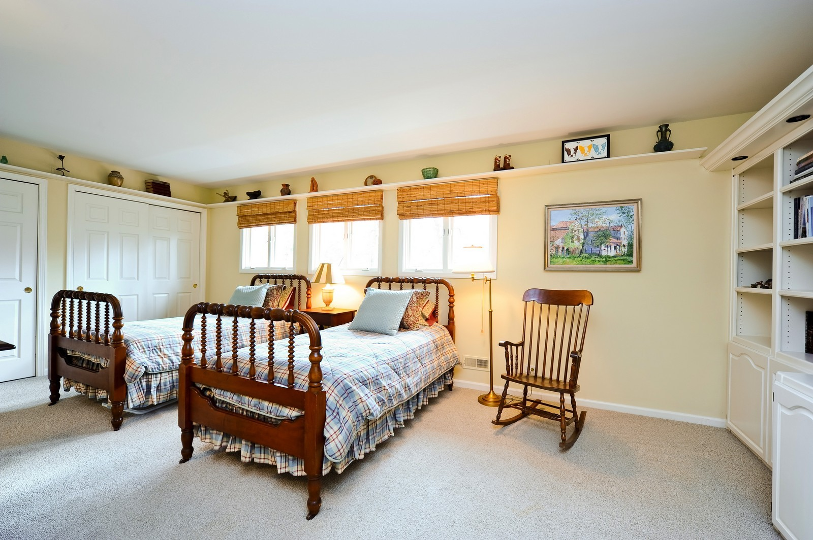 Real Estate Photography - 55 Greenwich Court, Lake Bluff, IL, 60044 - 3rd Bedroom