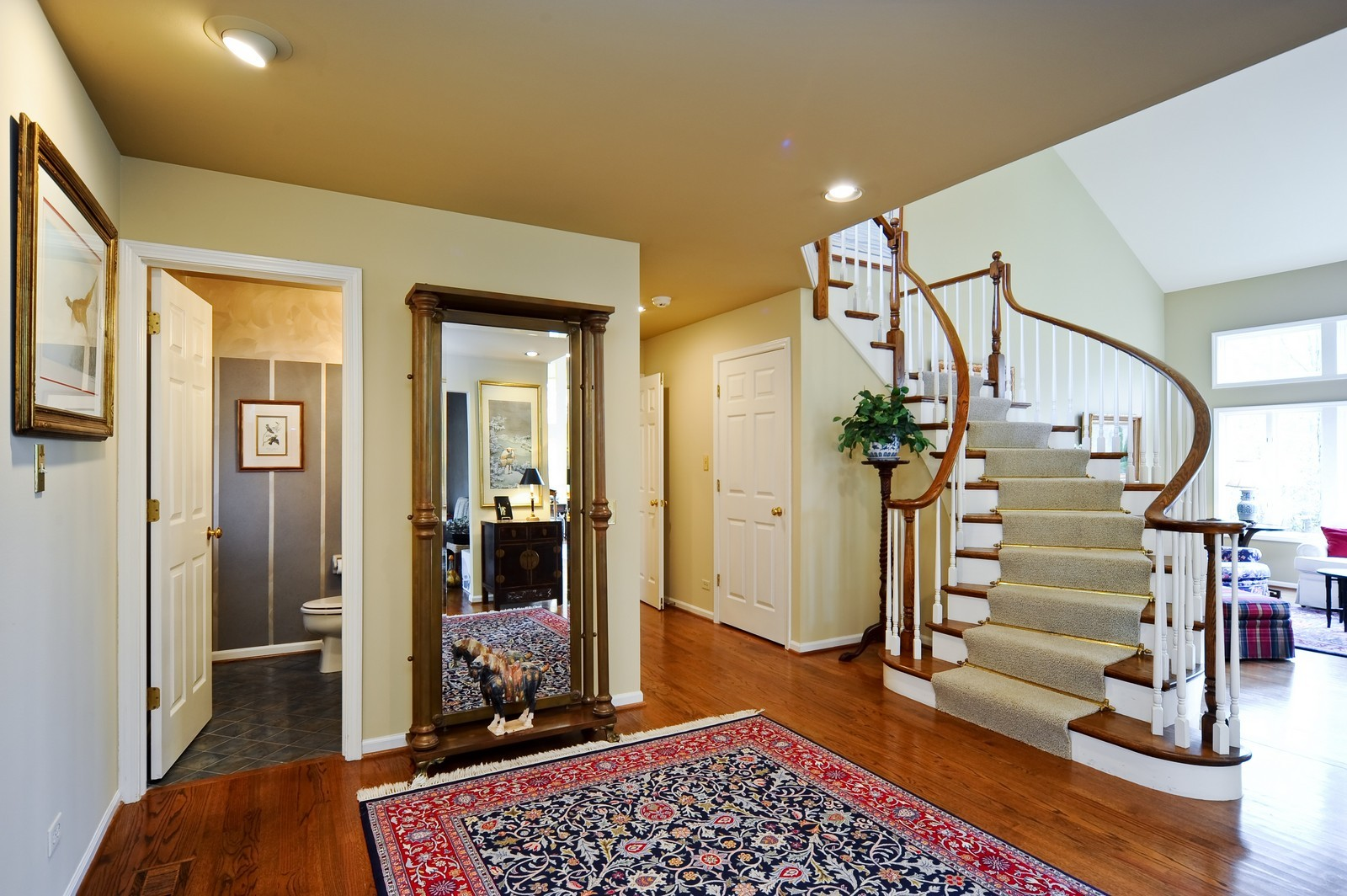 Real Estate Photography - 55 Greenwich Court, Lake Bluff, IL, 60044 - Foyer