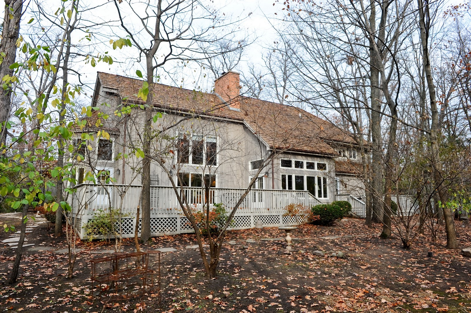 Real Estate Photography - 55 Greenwich Court, Lake Bluff, IL, 60044 - Rear View