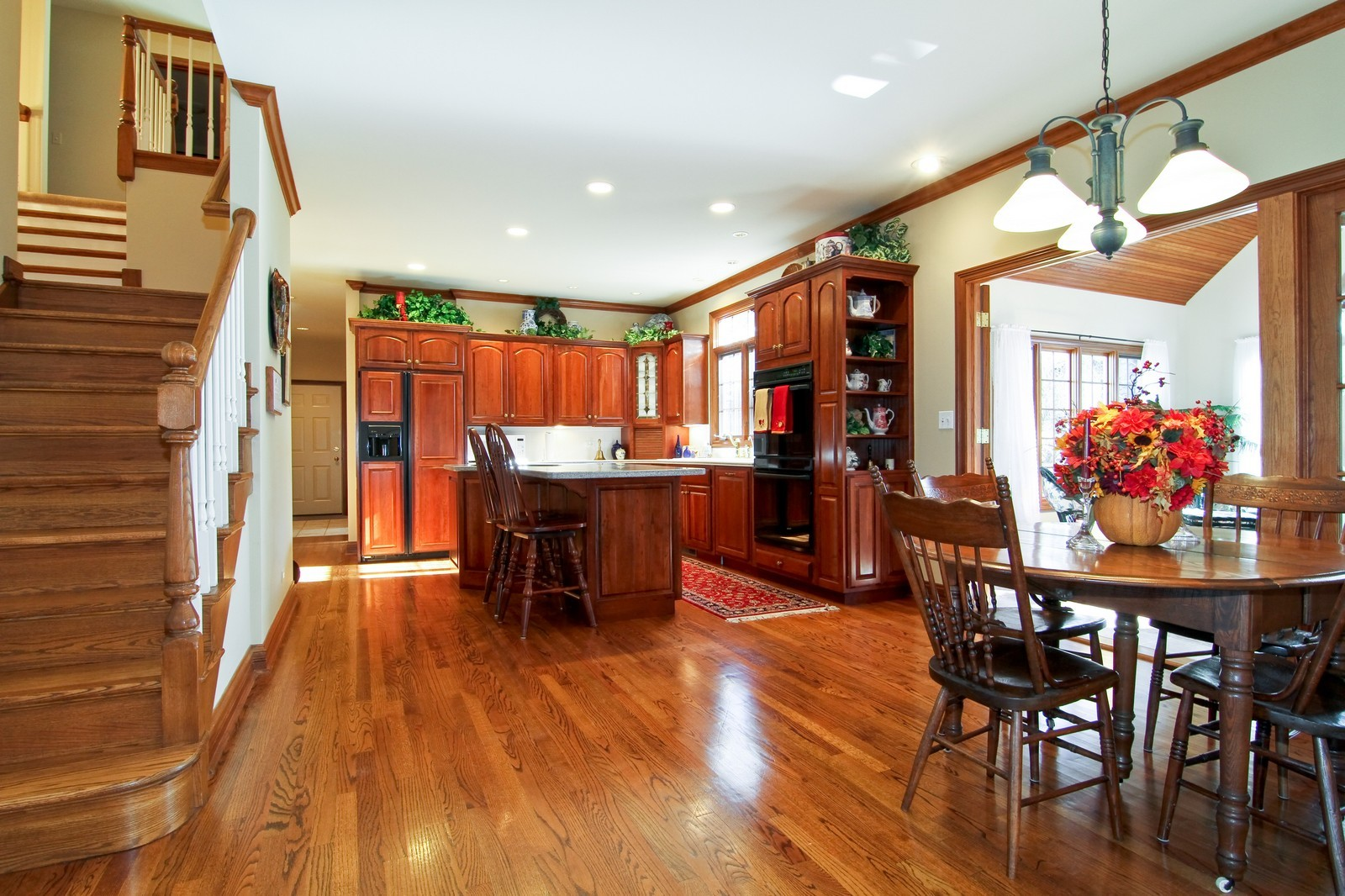 Real Estate Photography - 27W763 Brookside Drive, Winfield, IL, 60190 - Kitchen / Breakfast Room