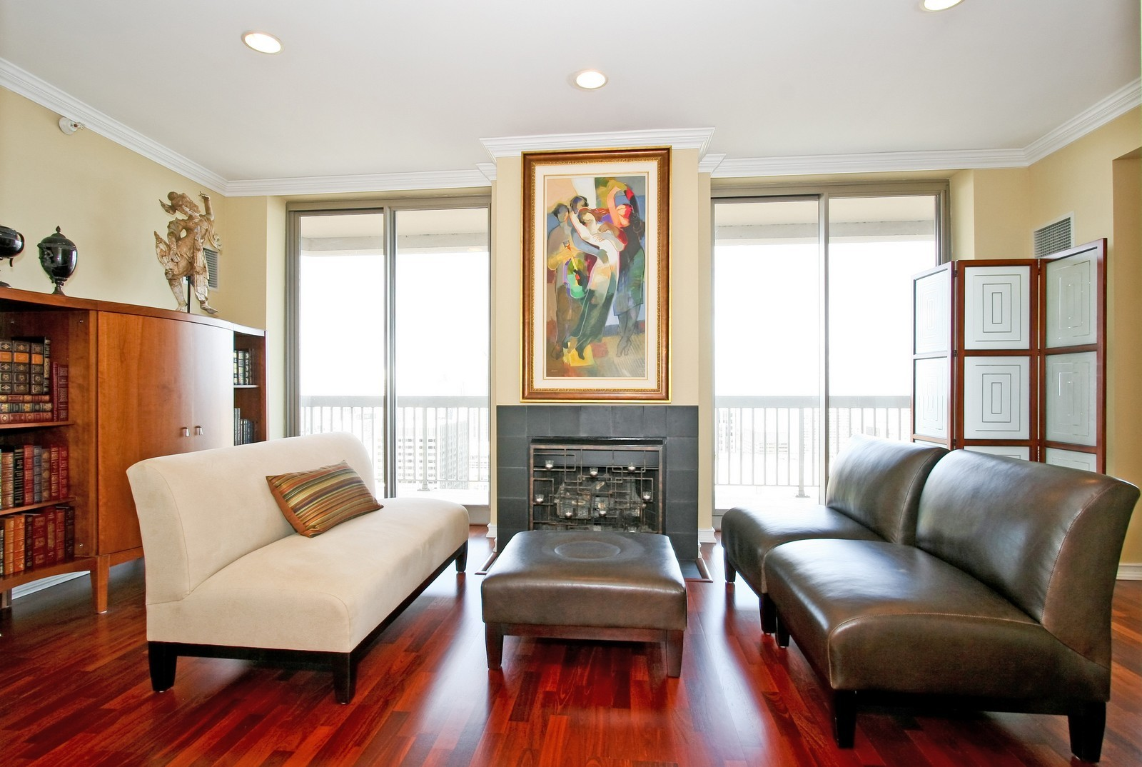 Real Estate Photography - 222 N Columbus, Chicago, IL, 60601 - Living Room