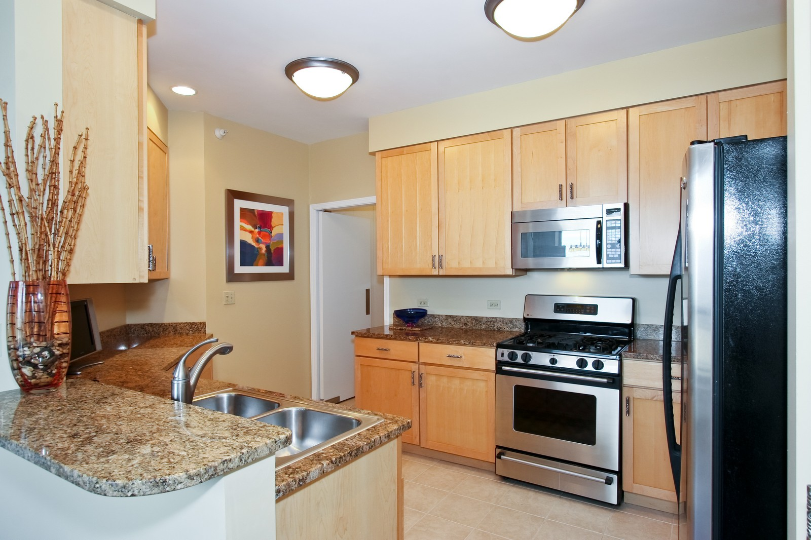 Real Estate Photography - 222 N Columbus, Chicago, IL, 60601 - Kitchen