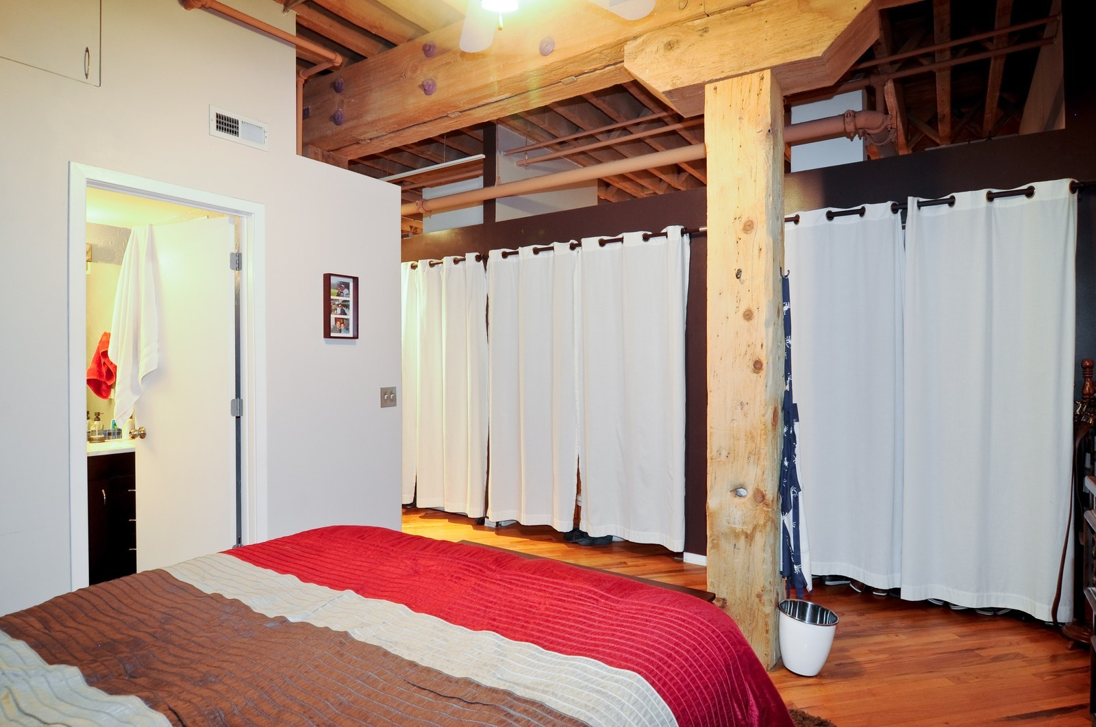 Real Estate Photography - 226 N Clinton, Apt 427, Chicago, IL, 60661 - Master Bedroom