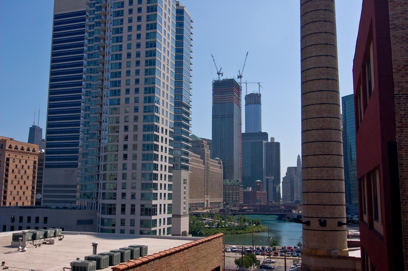 Real Estate Photography - 226 N Clinton, Apt 427, Chicago, IL, 60661 - River View