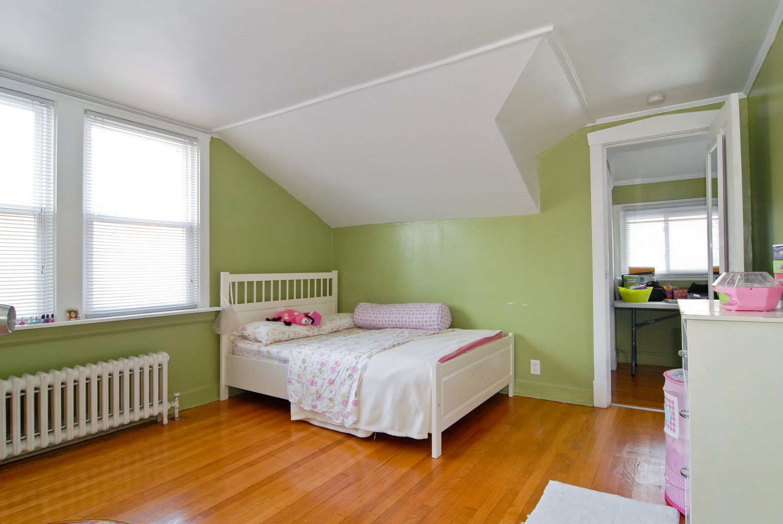 Real Estate Photography - 2842 N Keating, Chicago, IL, 60641 - 2nd Bedroom