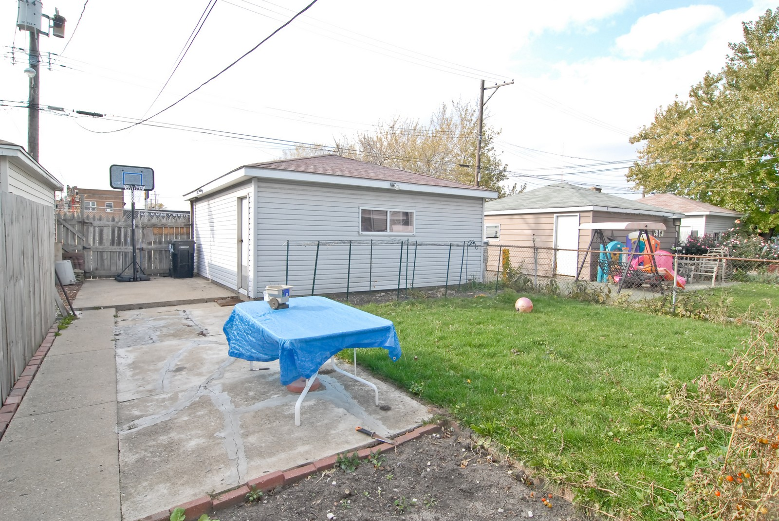 Real Estate Photography - 2842 N Keating, Chicago, IL, 60641 - Back Yard