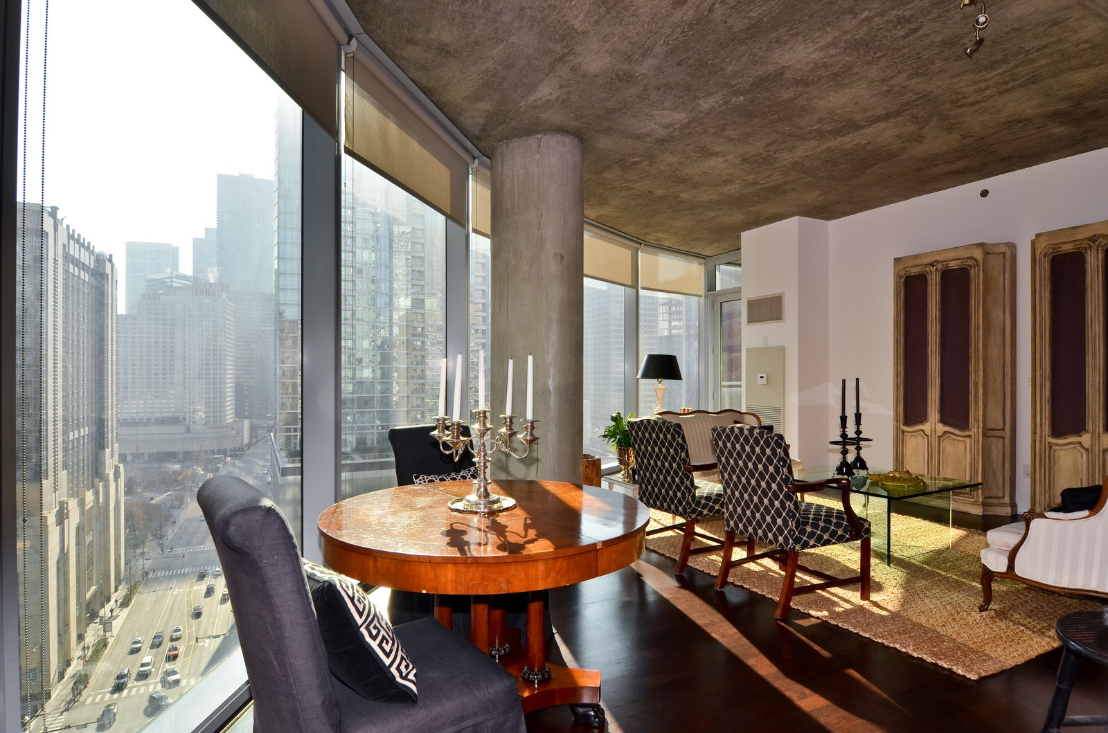 Real Estate Photography - 600 N Fairbanks, Unit 1801, Chicago, IL, 60611 - Dining Room