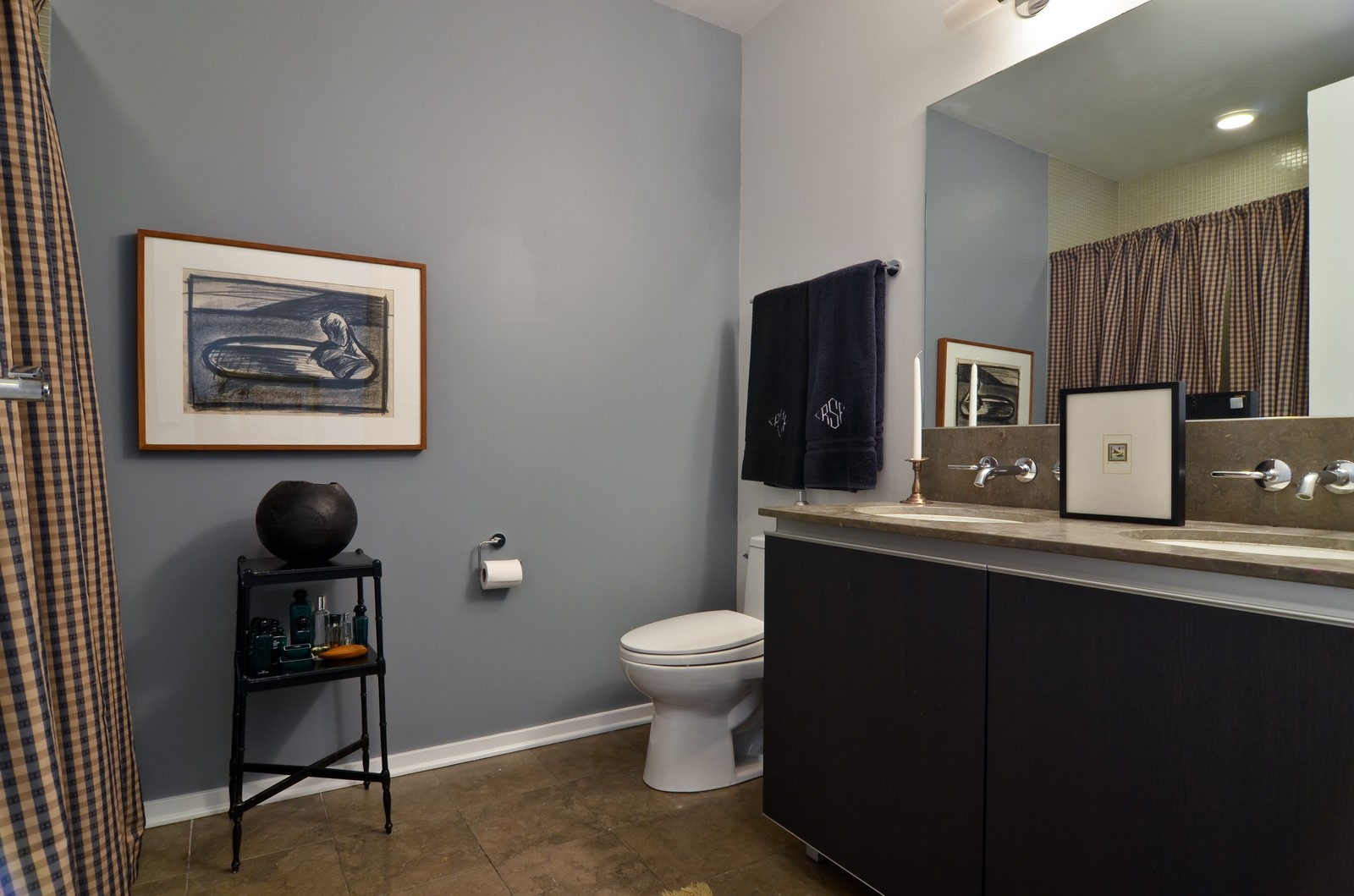 Real Estate Photography - 600 N Fairbanks, Unit 1801, Chicago, IL, 60611 - 2nd Bathroom