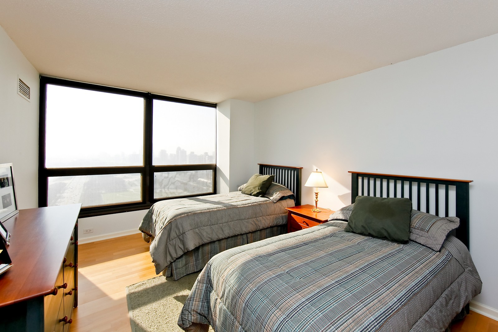 Real Estate Photography - 360 Randolph, Unit 3602, Chicago, IL, 60601 - 2nd Bedroom