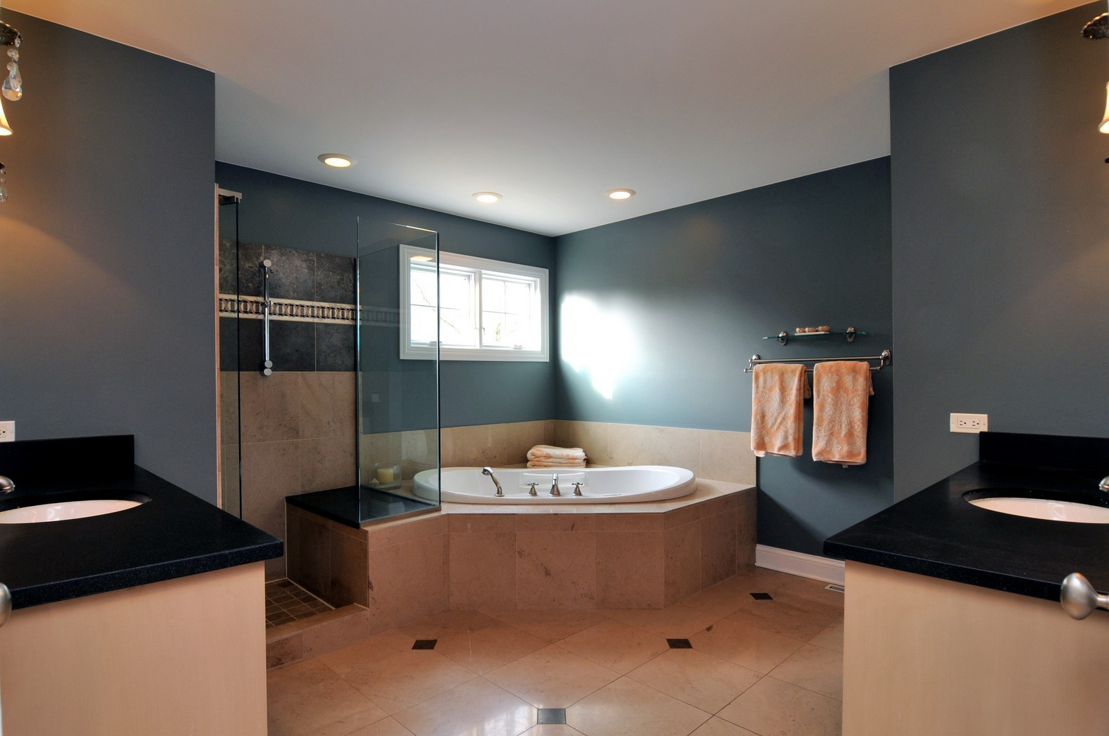 Real Estate Photography - 1916 Bowling Green, Lake Forest, IL, 60045 - Master Bathroom