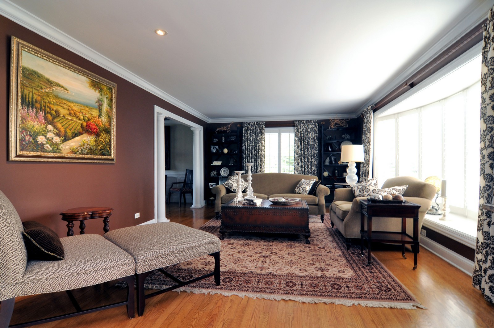 Real Estate Photography - 1916 Bowling Green, Lake Forest, IL, 60045 - Family Room