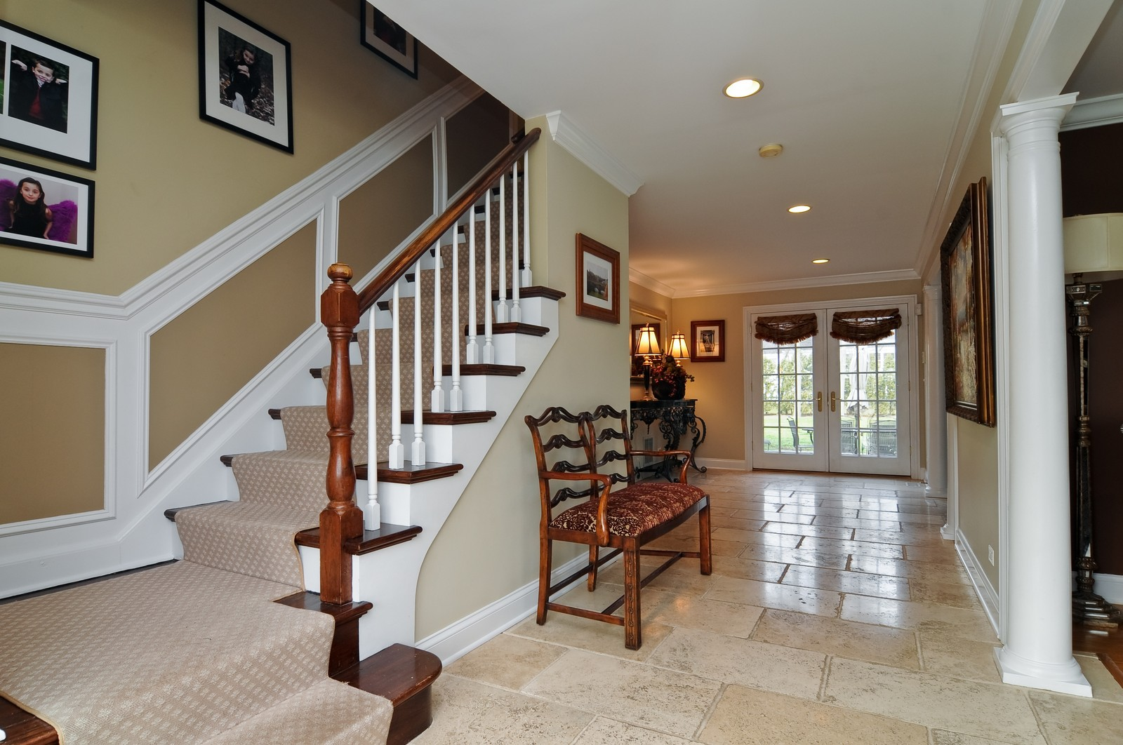 Real Estate Photography - 1916 Bowling Green, Lake Forest, IL, 60045 - Foyer