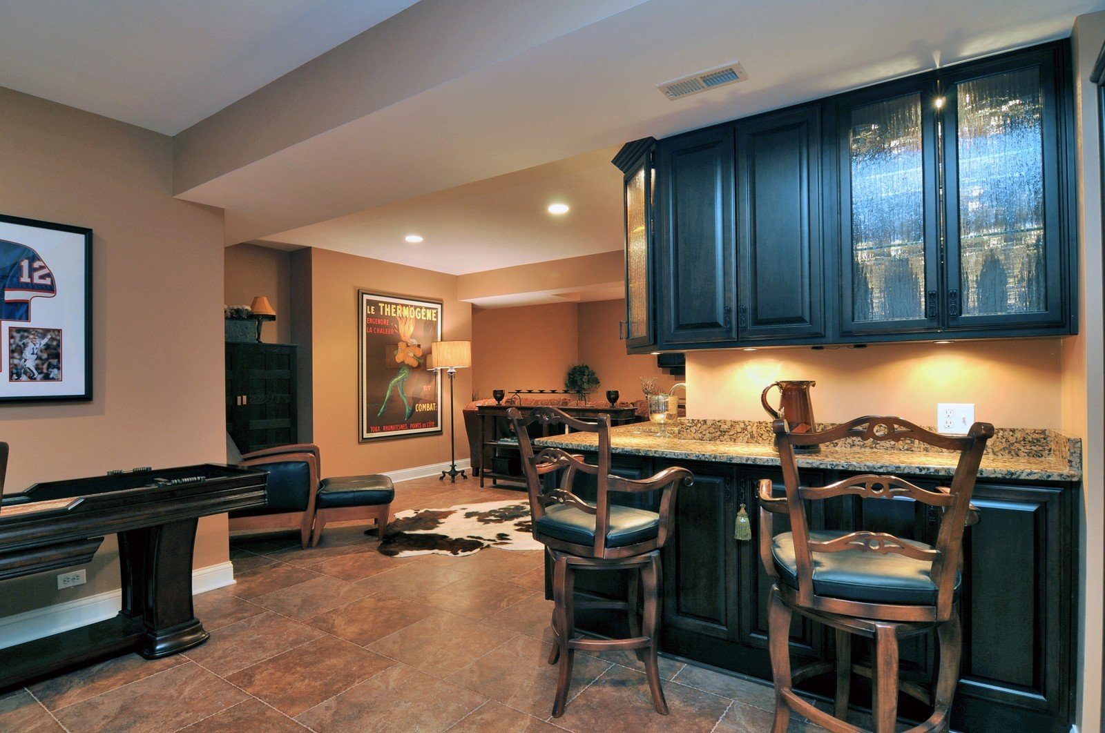 Real Estate Photography - 1916 Bowling Green, Lake Forest, IL, 60045 - Bar
