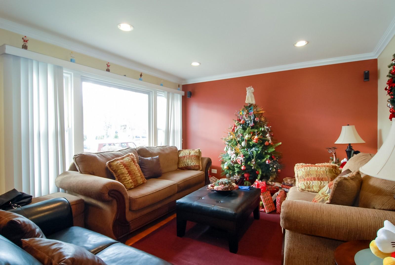Real Estate Photography - 4435 Keokuk, Chicago, IL, 60630 - Living Room