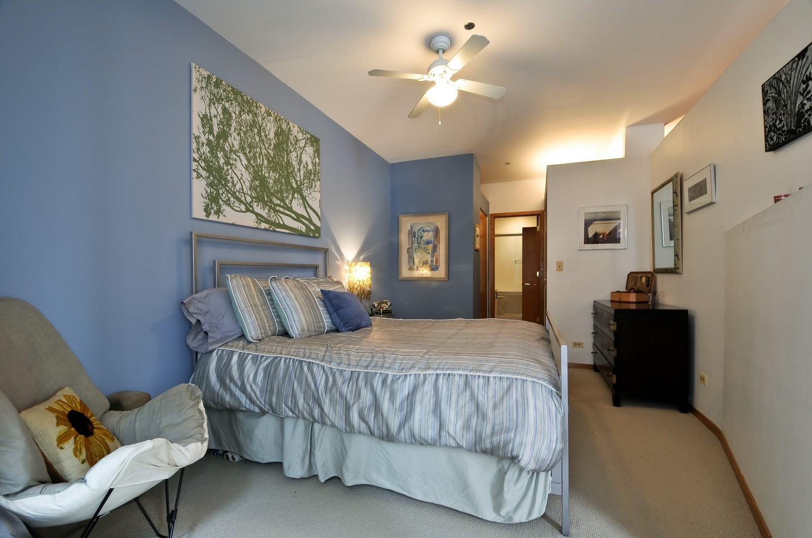 Real Estate Photography - 910 S Michigan, Unit 707, Chicago, IL, 60605 - Bedroom